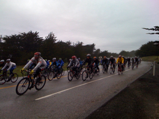 The peleton turns on Tunitas Creek